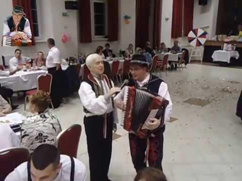 ba81e05a8 Harmonikár Dušan Kozovský so spevákom - ukážka z vystúpenia - 3 ...