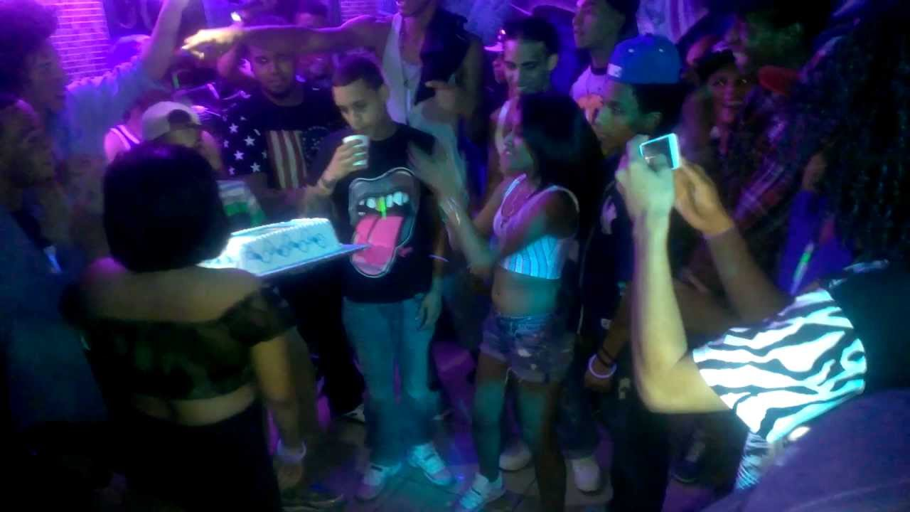 Chris  Joseph  Brandon VIVO Birthday Cake - YouTube