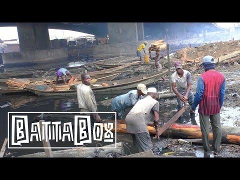 Nigeria's Dangerous Life in the Sawmills under Third Mainland Bridge in Lagos
