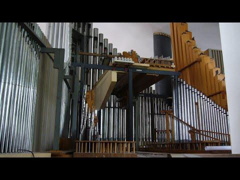 Organ Renovation at St. Matthäus München - Armin Becker plays Bach´s Toccata in D minor