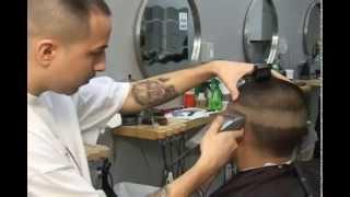 cortes de pelo de hombre ( video instructional en espanol ) fade,blow-out,y diseno
