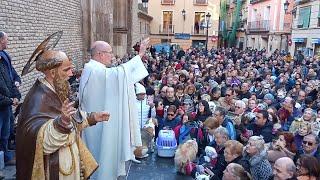 El párroco de San Pablo bendice a los animales el día de San Antón