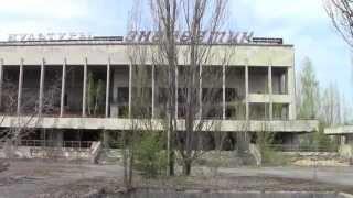 Прогулка по Чернобыльской Зоне Отчуждения(В ролике использованы видеоматериалы, снятые во время поездки в Чернобыльскую Зону Отчуждения. Локации:..., 2013-05-15T09:09:34.000Z)