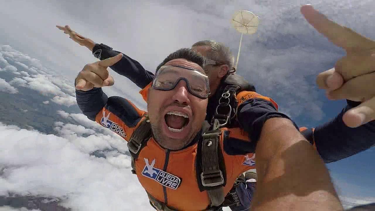 Salto de Paraquedas do Renan V na Queda Livre Parequedismo 07 01 2017