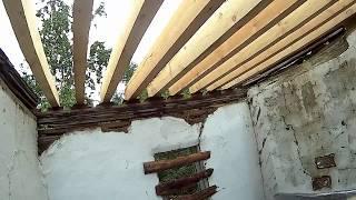 видео Перестройка дома с минимальными затратами. Фундамент и стены. Дачный участок