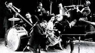 Jelly Roll Morton - Pretty Lil-1929