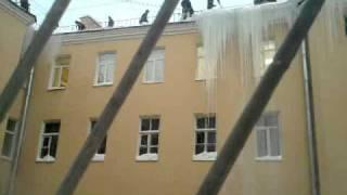 Очистка крыш. Санкт-Петербург, Загородный проспект