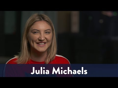 Julia Michaels Says Niall Horan Parties Hard! | KiddNation