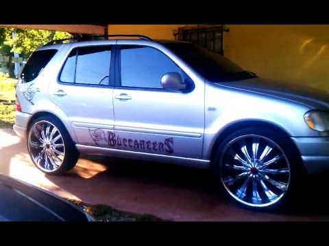 Tampa Fl 2001 Mercedes Benz On 26 Inch Rims