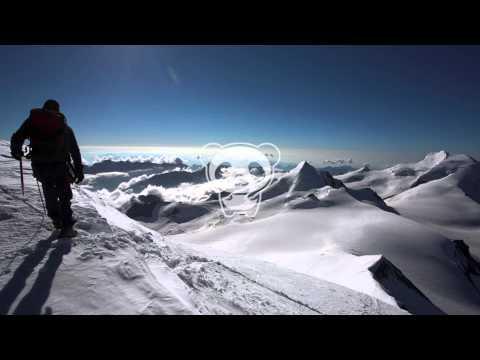 Klangtherapeuten - Mountain Top (Original Mix) feat. Leonard Bywa
