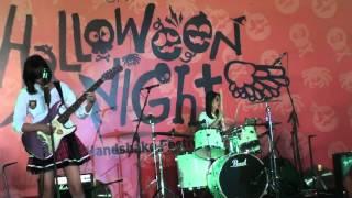 [FANCAM] JKT48 Band - Majisuka Rock & Roll at HS Halloween