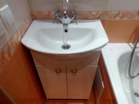 Установка умывальника с тумбой в ванной комнате