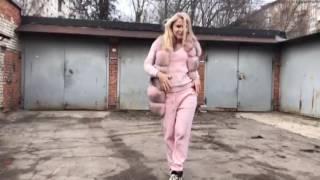 ТАЕТ ЛЁД розовая панда танцует лезгинку