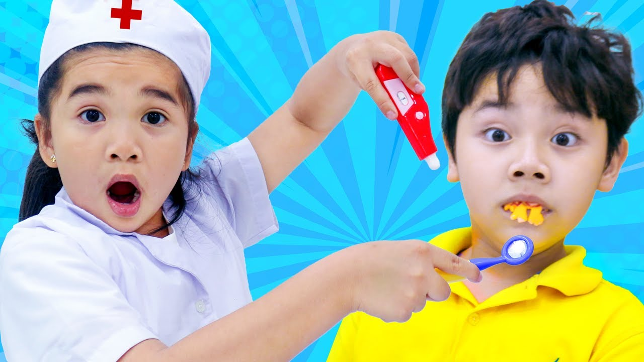 Suri and Sammy Pretend Play Going to The Dentist for Cavities | Kids Eating Too Much Candy
