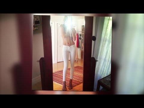 Topless Rosie Huntington-Whiteley Flaunts Her Abs In White Jeans - Splash News | Splash News TV