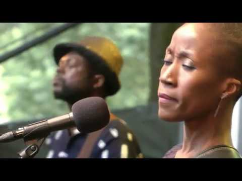 rokia-traore-kamounke-afh926-afrikafestival-hertme