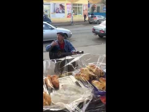 Бакинский армянин поет на Азербайджанском языке. Baku Armenian singing in Azerbaijani language.