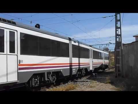 REGIONAL EXPRESS Barcelona Estación de Francia - Madrid Chamartin haciendo entrada en Caspe