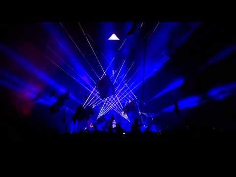Arctic Monkeys - R U Mine [Glastonbury 2013] HD