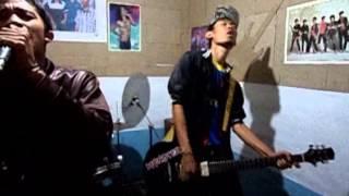 Video Crispy Band Ciamis - Mimpi Indahku (official Musik Videos) download MP3, 3GP, MP4, WEBM, AVI, FLV Februari 2018