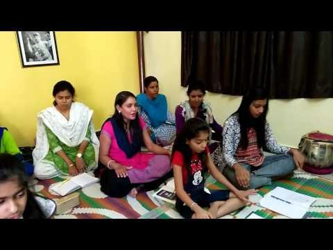 Saraswati Vandana by students of SwarNishad