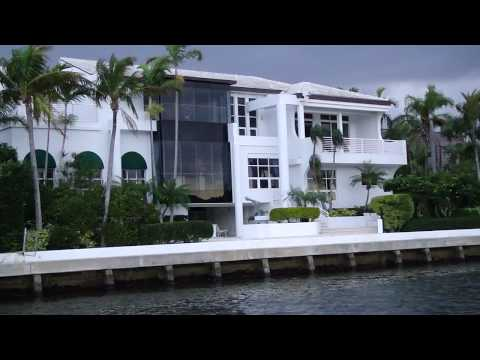 Water Taxi Ft. Lauderdale  - Celebrities Mansions
