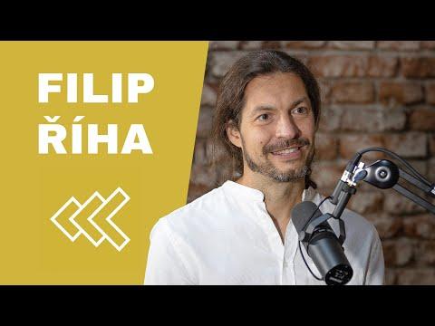 Filip Říha - Život je pro mě hrou. Možná žijeme v simulaci, ale můžeme si to užít | PROTI PROUDU