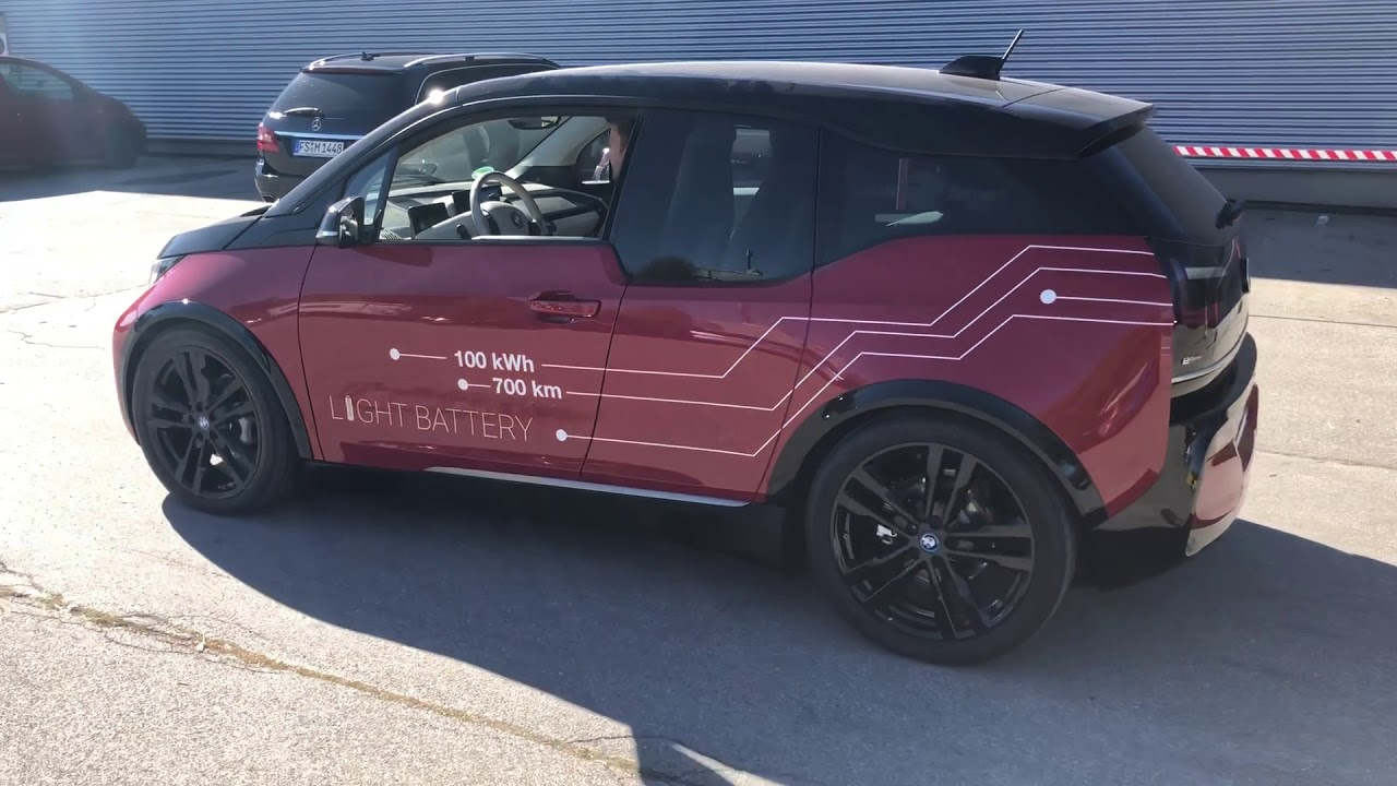 BMW i3 - 100 kWh / 700 km LIGHT Battery - on the track