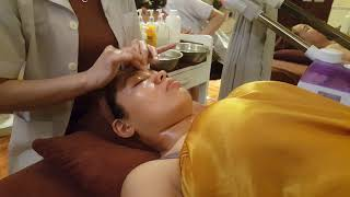 Massage mặt tại Muối Spa 458 Châu Phong