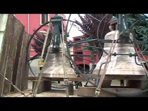 Ritorno della campane a Novate Milanese.flv