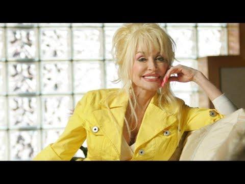 Dolly Parton will receive an award Saturday