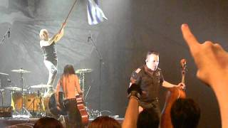 Apocalyptica - I Don't Care / Hall of the Mountain King