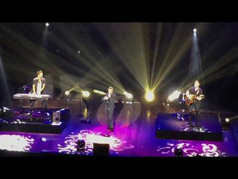 One Last Song & Caught in the Middle  - A1 Live in Manila 2016 (KIA Theatre)