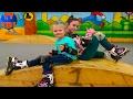 Видео для детей Едем с подружкой на роллердром учимся кататься на роликах Влог ЧАСТЬ 1