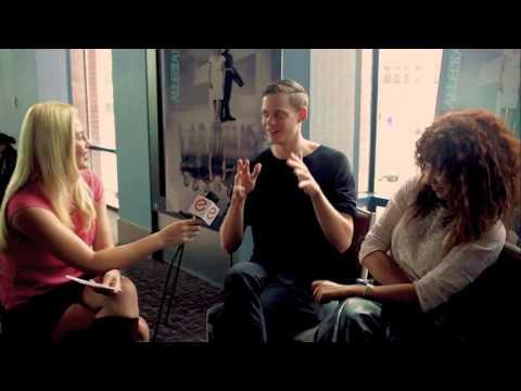 Karenssa LeGear interview with Nadia Hilker & Bill Skarsgård