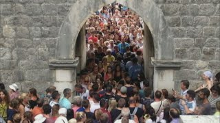 Croatian city of Dubrovnik overwhelmed by mass tourism