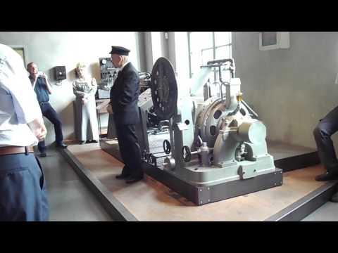 August-Horch-Museum Zwickau. Demonstration des Leistungsprüfstandes.