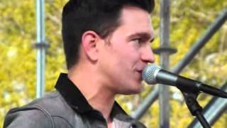 Andy Grammer - Chasing Cars (cover) @ The Flower Market