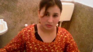 Pakistani Girl-Friend and Boy-Friend Hot Talking On Phone