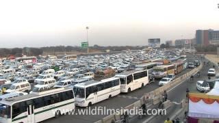 Delhi Gurgaon NH8 and toll plaza