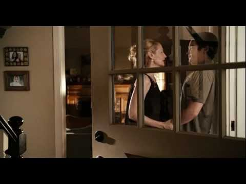 Emma Stone - Easy A : Olive has a boy in her room.