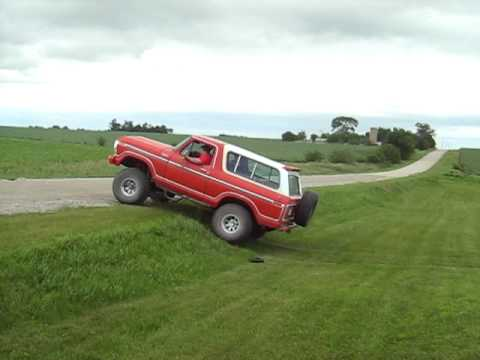 1978 ford bronco hill climbing youtube. Black Bedroom Furniture Sets. Home Design Ideas