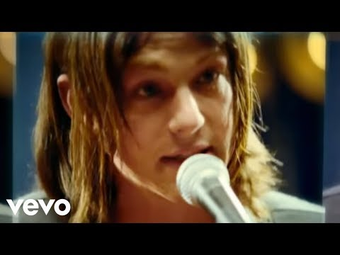 Kings Of Leon - The Bucket (Official Music Video)