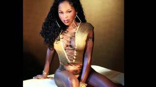 Foxy Brown - Gimme The Light (Hotta This Year Freestyle) (2003)