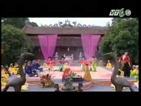 Xuân Hinh hát Văn