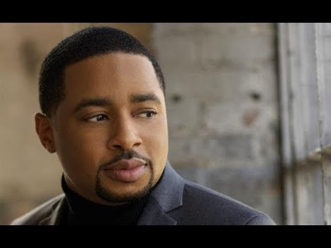 Recording Artist and Author Smokie Norful stops by #ConversationsLIVE
