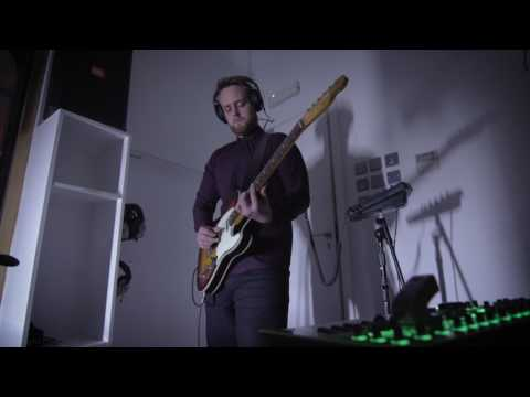 Tindrumm - Dragonfly Vs. Moth (Live At Blueprint Studios)