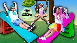 MÚSICA INFANTIL - VIDA DE CRIANÇA | MALOUCOS CLIPE OFICIAL - Nursery Rhymes & Kids Songs