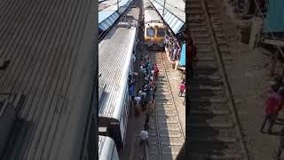 Mumbai local train accident man