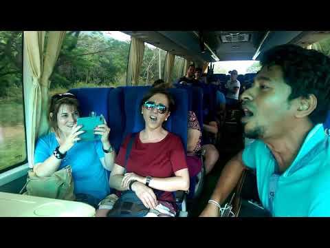 Sri  lanka tourism bus